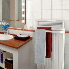 Radiateur sèche-serviette pour salle de bains